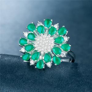 Luxury Creative Artificial Diamond Flower Crystal Ring -