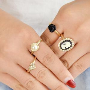 4 Pcs Rhinestone Black Flower Cameo Finger Ring -