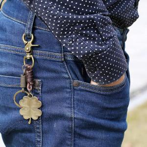 European and American Creative Personality Retro Lucky Grass Girl Keychain -