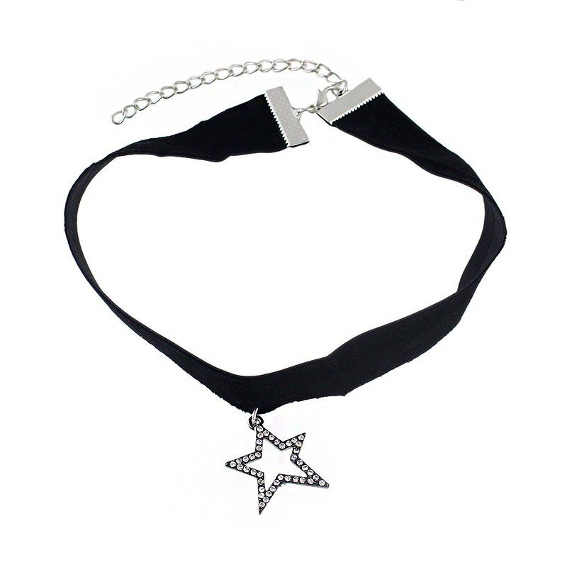 Outfit Minimalism Black Flannelette with Star Pendant Necklace