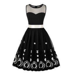 Plus Size Net Yarn Embroidered Vintage Dress -