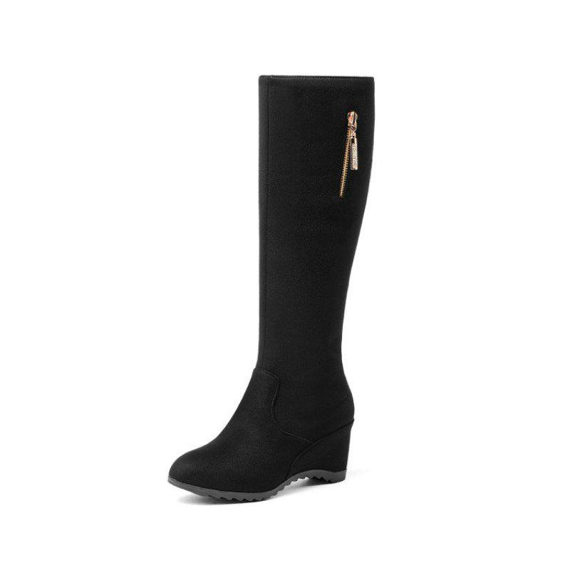 Discount Round Headed Slope with Fashionable Ladies Boots