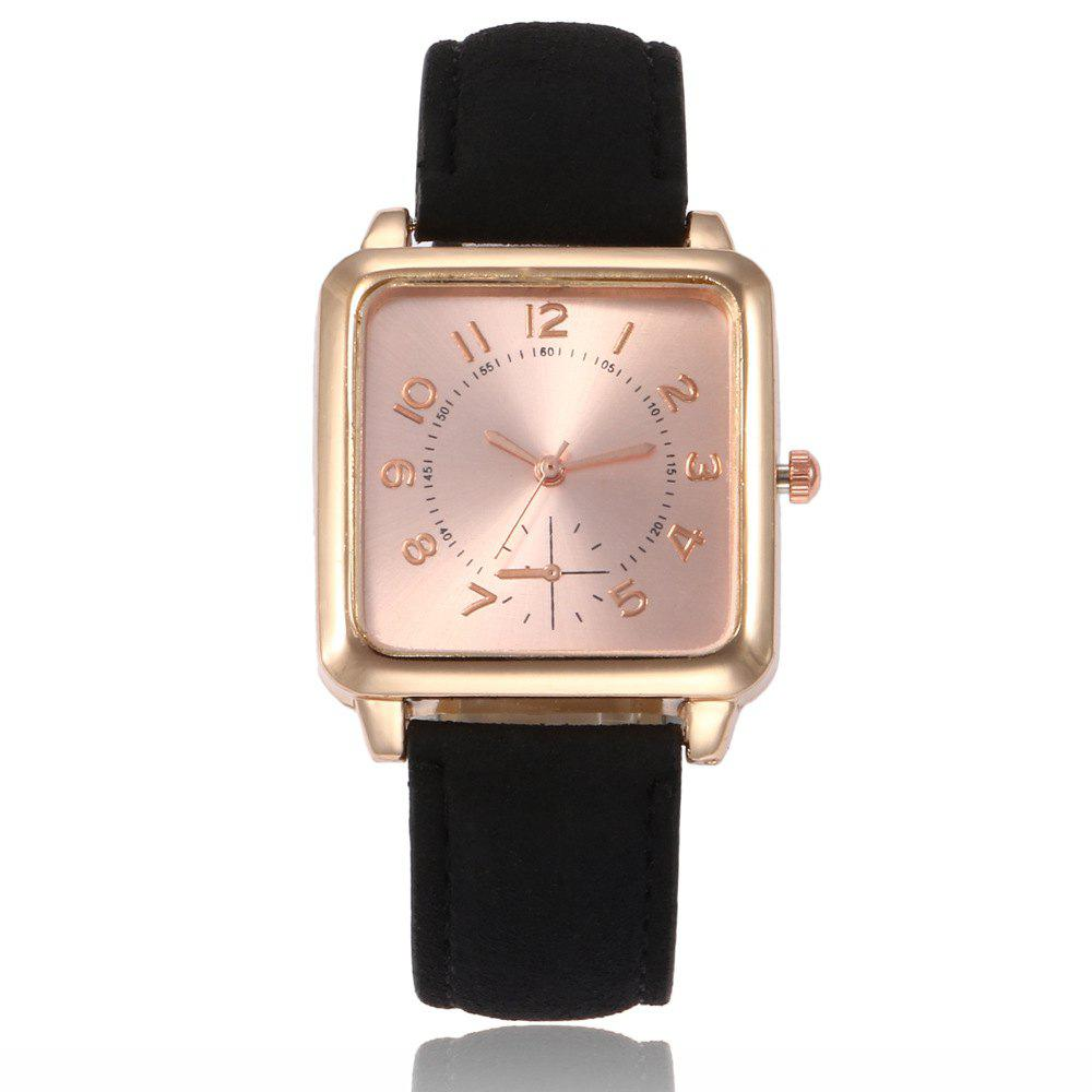New Ladies Fashion Gold Surface Strap Watch