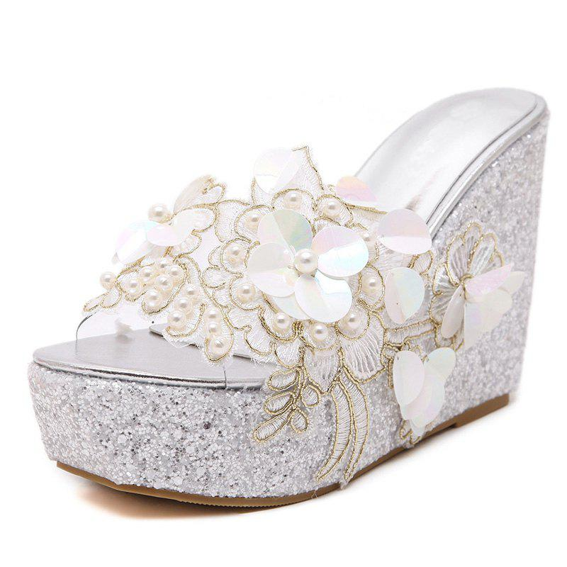 New Women's Wedge Shoes Fashion Slippers with Flowers White