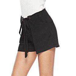 Women's lace-up casual shorts -