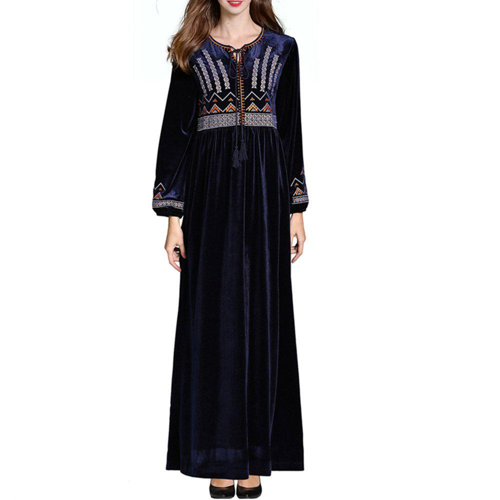 Fashion A Long-Sleeved Dress Embroidered with Flowers