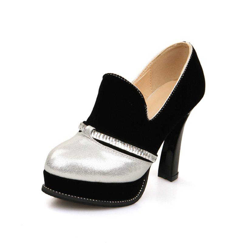 Chic Round Heads with High Heels and Fashionable Coloured Single Shoes