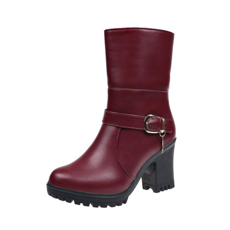 Image of Boots In Winter Boots With Thick Boots And Short Boots.
