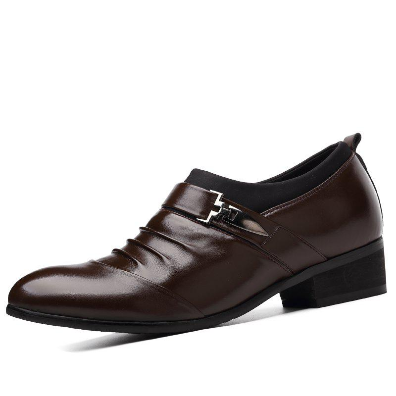 Chaussures Business pour hommes Chaussures pour hommes. Chaussures de loisirs. Chaussures pour hommes.