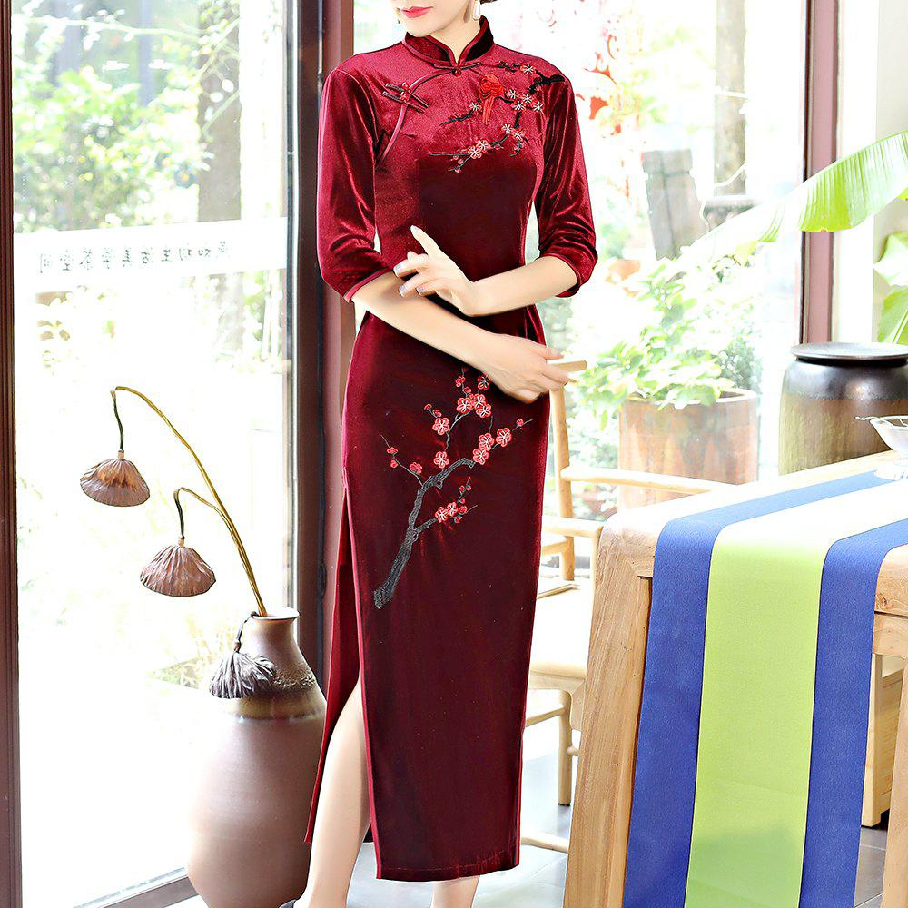 Store Classical Aristocratic Style Slim Sexy Embroidered Printed Cheongsam