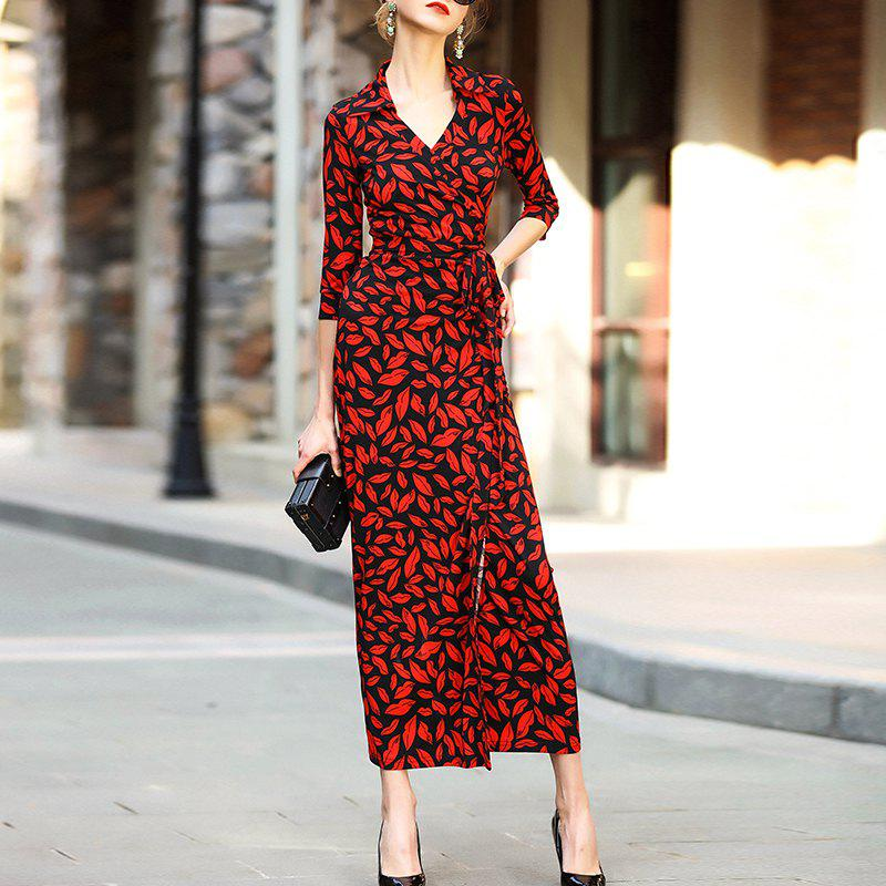 Chic Shown A Thin Dress with A Belt