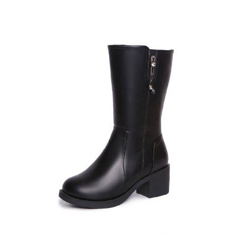 Womens Winter Boots Are Thick With Ladies Boots