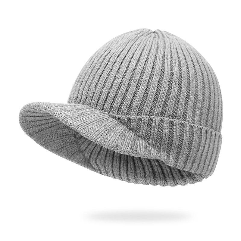 Fashion There is a knit cap + elastic fit for 55-58CM head circumference