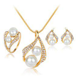Earrings Necklaces Rings and Pearls Are Three Pieces of Fashionable and Simple -