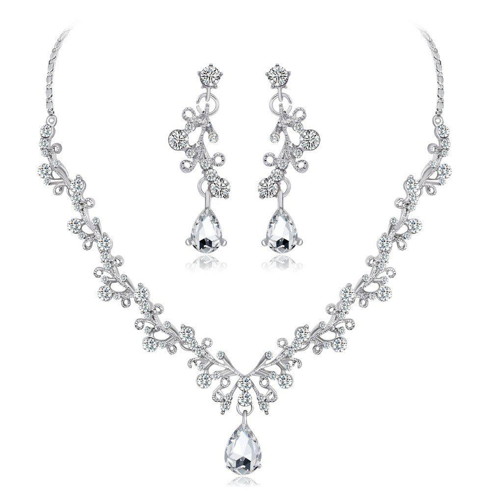 Outfits Shiny High-End Crystal Diamond Necklace Set Bridal Necklace  Earrings Set of Two d2be48639