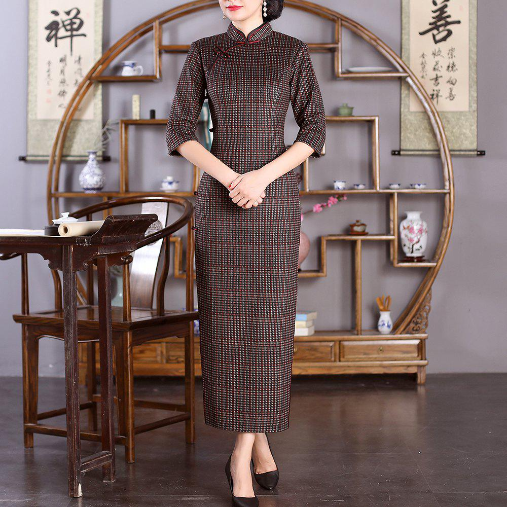Discount Chinese Classical Ladies Slim Fashion Sexy Embroidered Cheongsam