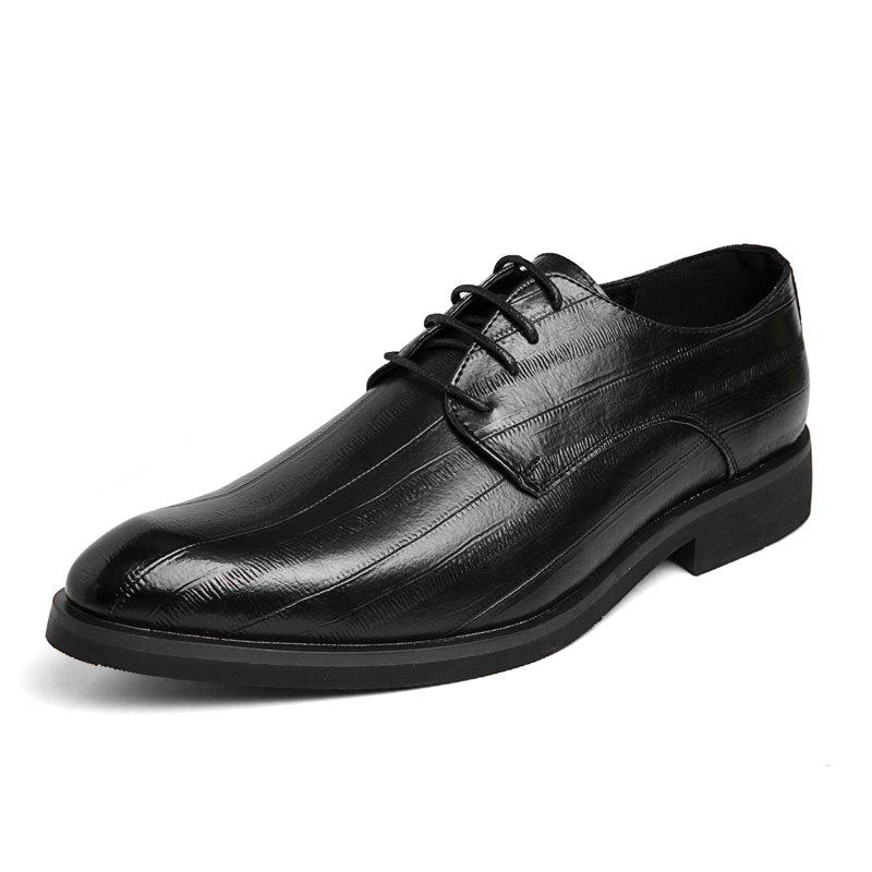 Latest Men Pointed Leather Business Formal Trend Casual Shoes