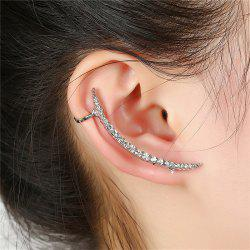 Creative Modeling Ladies Lined Up with Drilling Ear Nails -