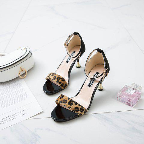New Type of Buckle Sandals with Thick Heels