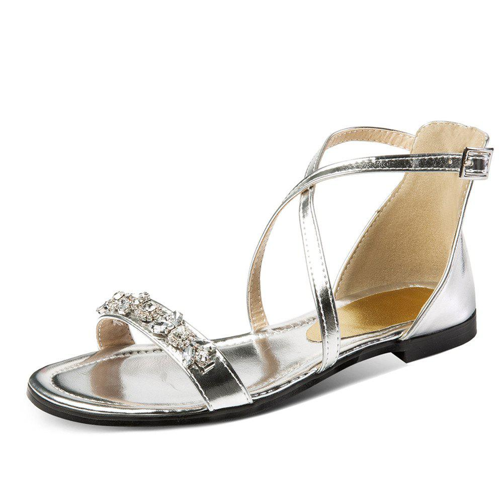 2d7752fdb030 2019 Summer Rhinestone Sandals With Buckles Open Toes And Flat Heels ...
