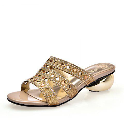 3f602538f467 Simple Water Drill and Dew Heel Sandals