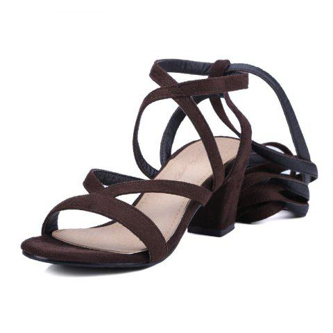Crossed Straps Thick Heels and Fashionable Sandals