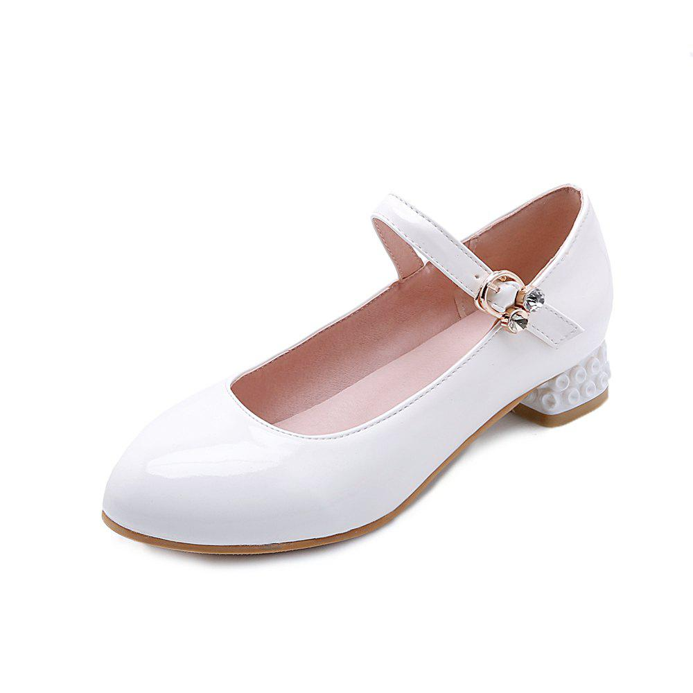 Latest Round Toe Patent Leather Buckle Strap Pure Color Sweet Low Heel Lady Pumps