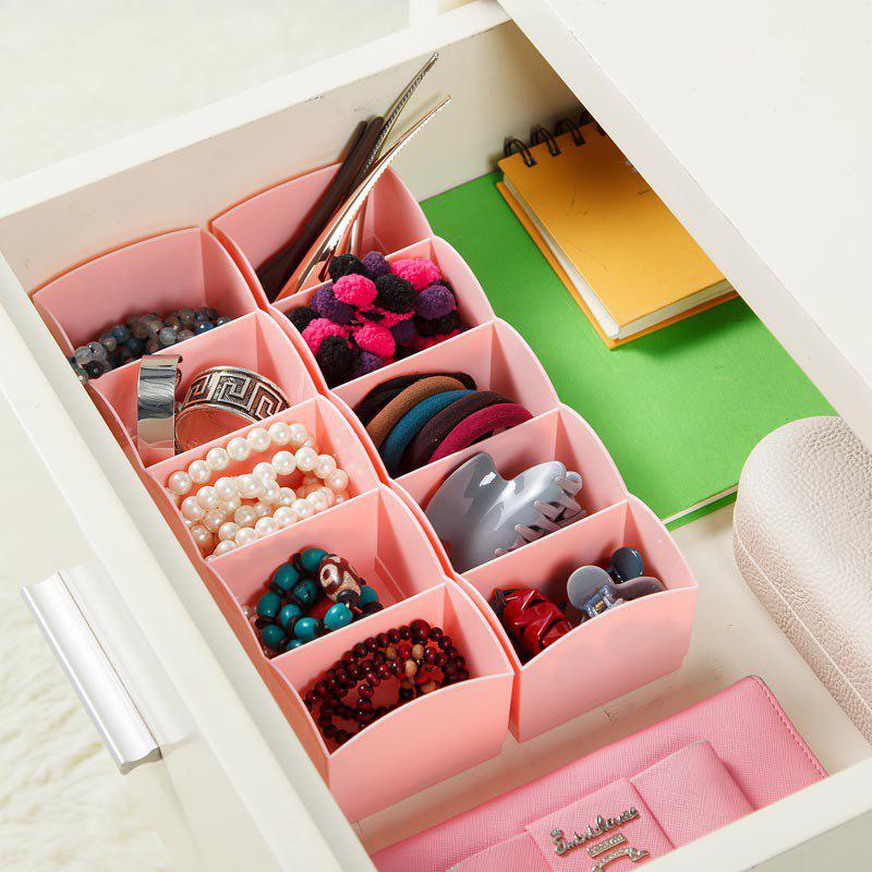 DIHE Candy Color Separated Underwear Boxes in Drawer 1PCHOME<br><br>Color: RED; Types: Storage Boxes and Bins; Functions: Bedroom; Materials: PP; Available Color: Blue,Green,Red;